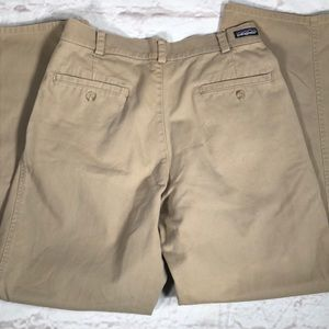 Patagonia pleated khakis pants. Size 32